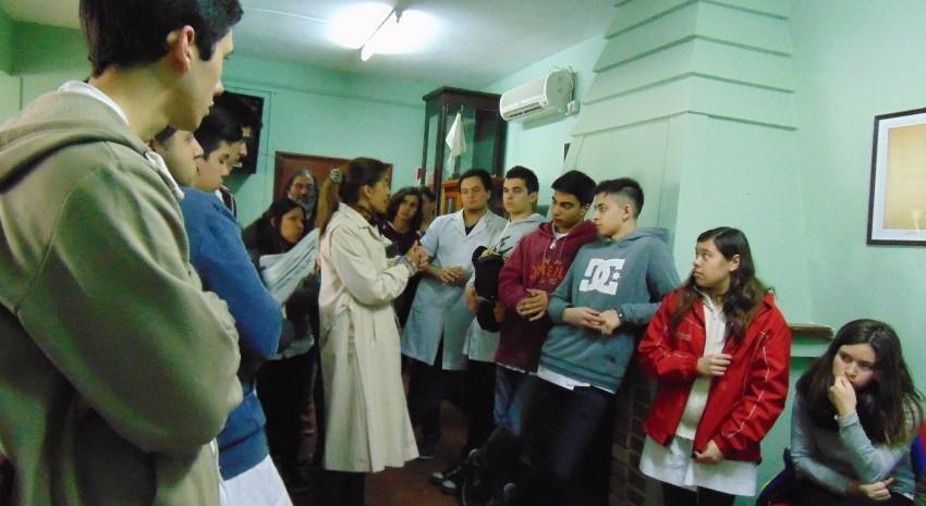 Visita de alumnos de 5° año, Escuela secundaria N°2