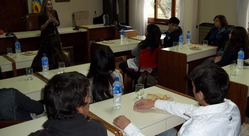 Alumnos de la EES Nº1 visitaron el Concejo Deliberante