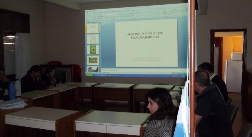 Reunión de Concejales e integrantes del Colegio de Arquitectos